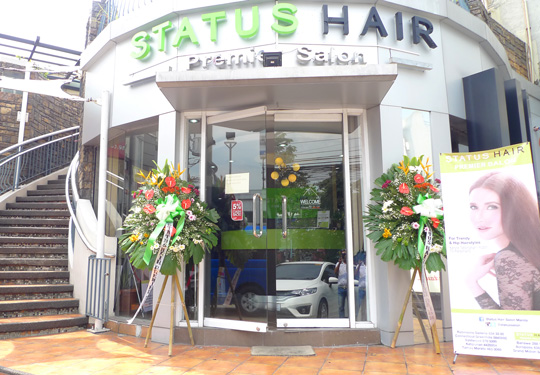 Status Hair Premier Salon is along C5/Acropolis. I love that it's so easy to park here, too!