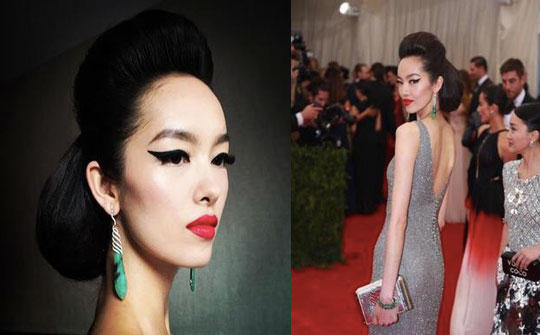 Model Fei Fei Sun look quit regal with her makeup look. Loved the earrings, too!