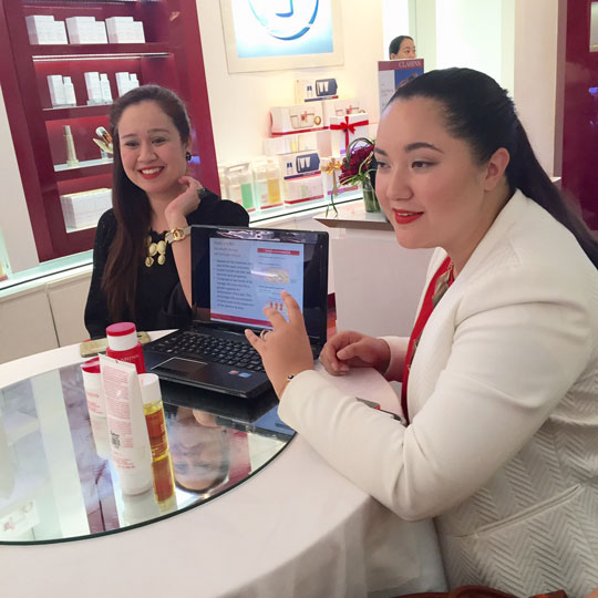 Alyanna explains the lowdown about the new Clarins products.