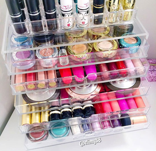 So now that everything has been sorted, I'm looking for makeup organization inspo on IG—like this one from @elimy88.