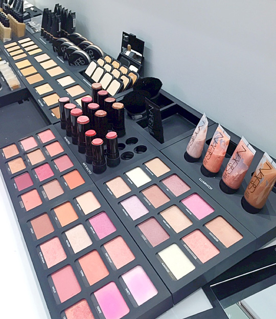 This was the more dangerous counter for me. I love NARS blushes and all the different formulas (powders, illuminators, and the multiple sticks) were here!