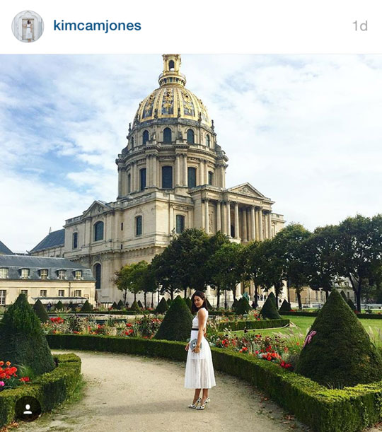 And most recently, Joanique's caught the attention of fashion blogger and model, Kim Jones! I saw her toting around a Joanique clutch around Paris!