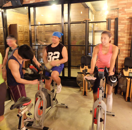 """The instructors help you """"clip in"""" and sync you with your bike."""