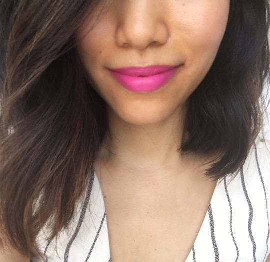 The shade: Neon Pink.
