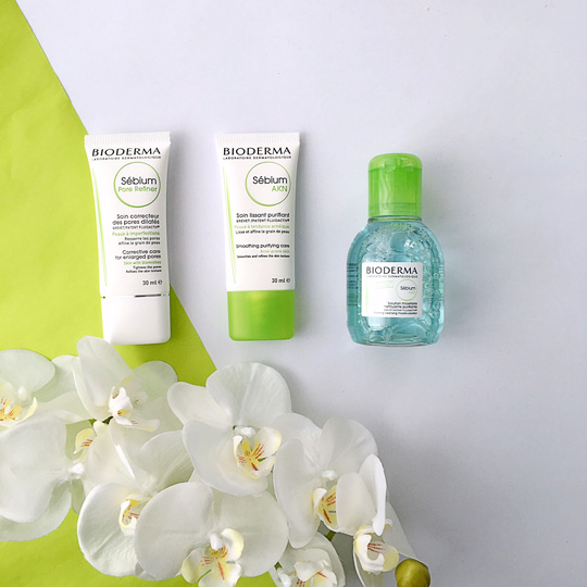 From left to right, that's the Bioderma Sébium Pore Refiner, Sébium Akn Smoothing Purifying Care, and the Sébium H20 Purifying Cléansing Micelle Solution.